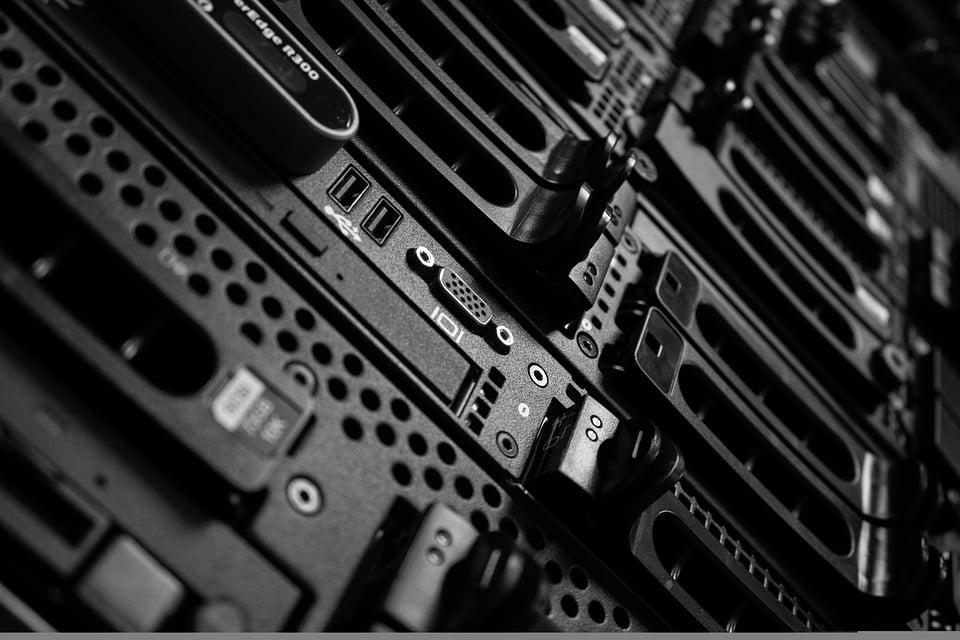 computers-2652997_960_720