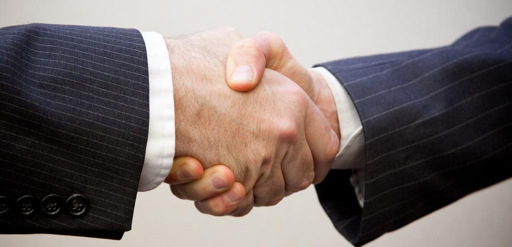 handshake-businessman.png