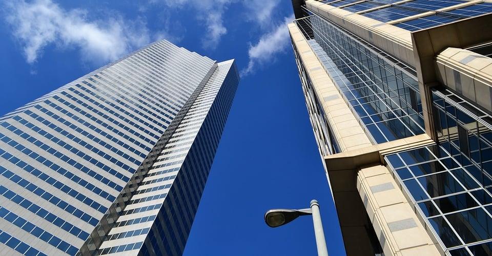 skyscraper-3196390_960_720.jpg